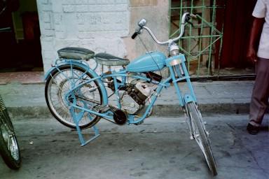 Whizzer in Cuba, 2000